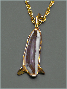 Montana Opalwood Pendant in 18K Yellow Gold
